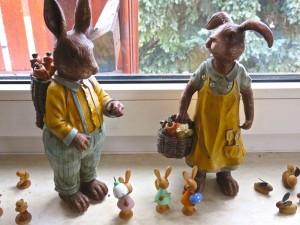 Ostern bei uns imWohnzimmer - anderes Fenster.