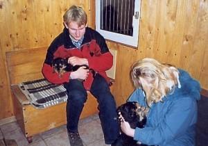 Das war 2001, die junge Familie holte sich unseren kleinen Danilo v.D. - bauten ein Haus und bekamen 2 Kinder.