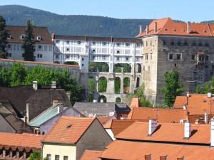 Hier ein Teil des riesigen Schlosses (zweitgrösstes der Tschechei nach der Prager Burg).